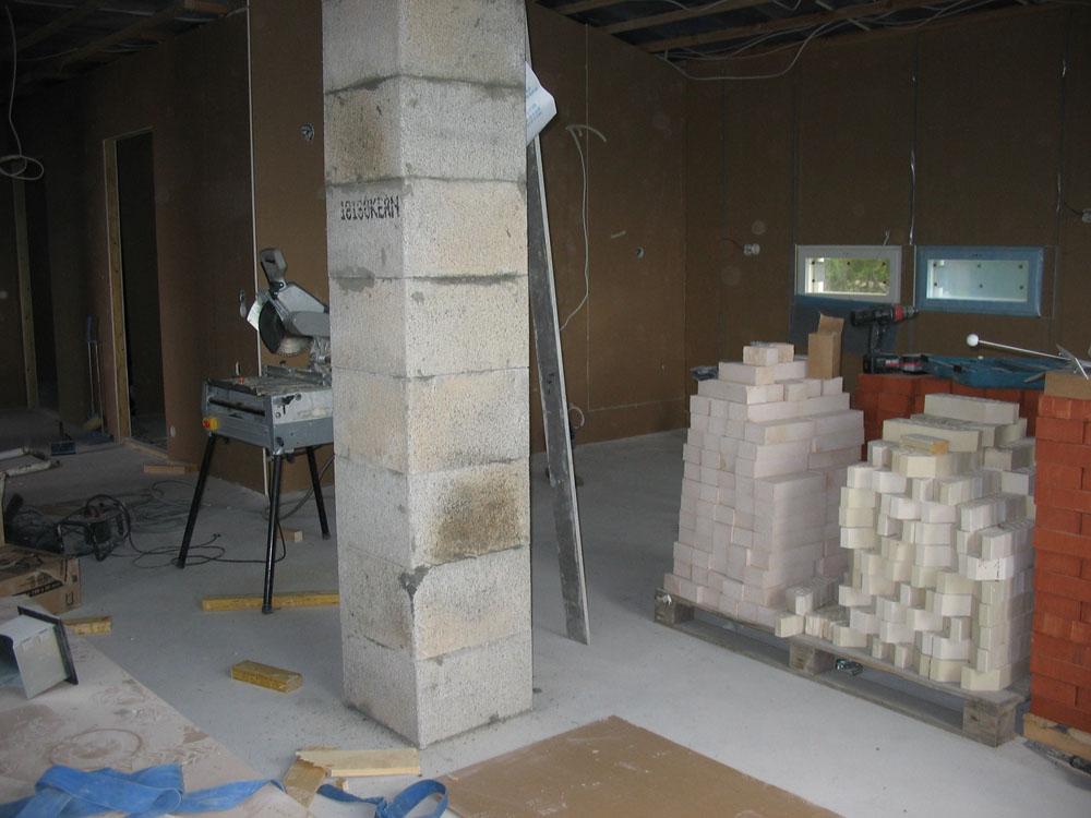 Rakentaminen - Piipun muuraus