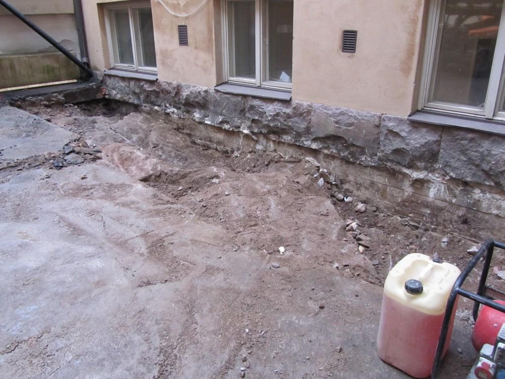 Maanrakennuspalvelut - Louhintatyöt kiilaamalla